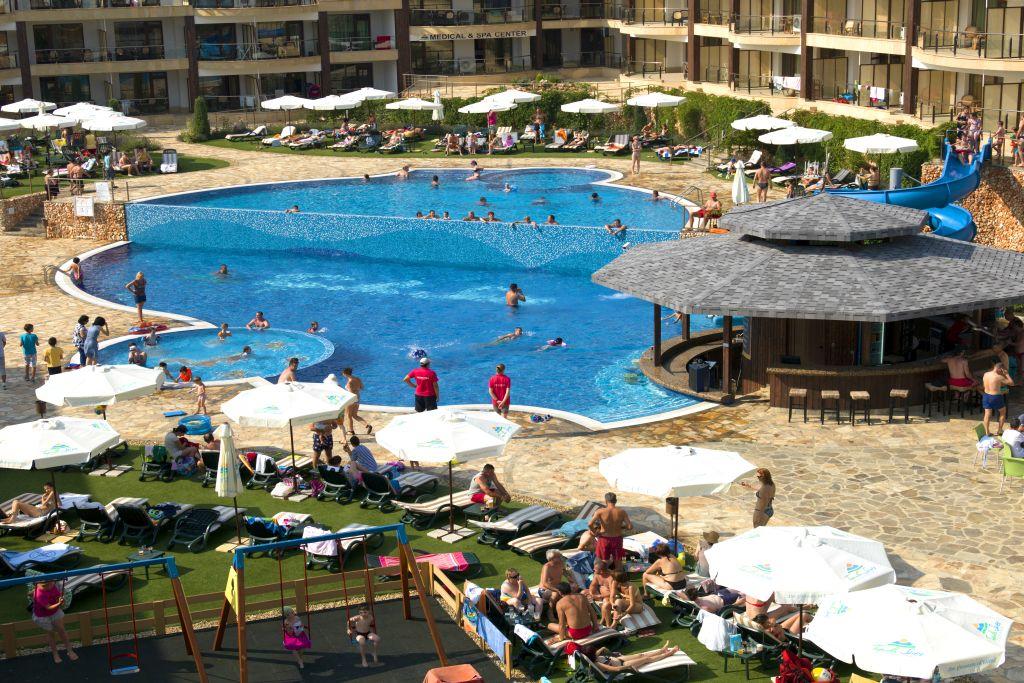 the resort - pool bar