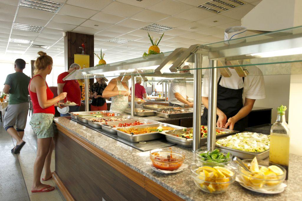 main restaurant food 1