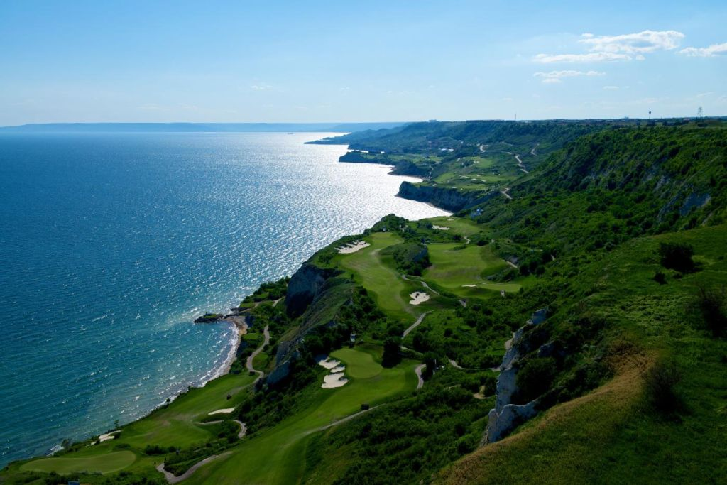 Golf Course Thracian Cliffs