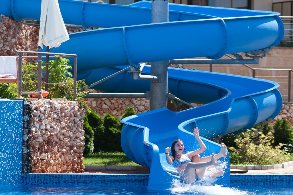 kids waterslide